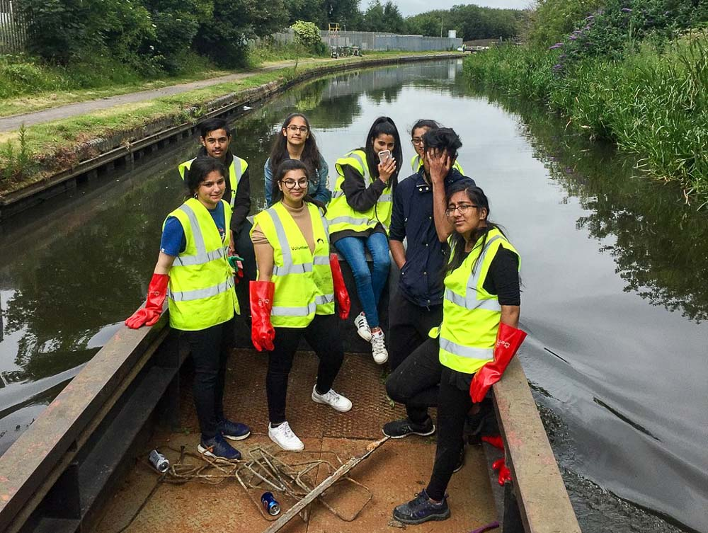 NCS workgroup on the Titford Canal during the July 2019 BCNS and National Citizen Service weekend