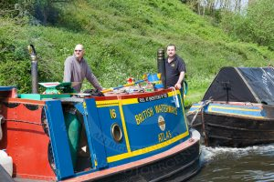 BCNS narrowboat Atlas, pulling butty Malus at the 2016 BCNS Marathon Challenge