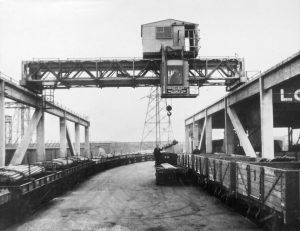 Chillington Wharf in a 1950 b/w photo